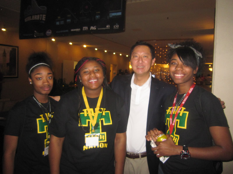 Taft students meet UC President Ono @ TechOlympics